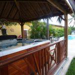 Meublé touristique avec jacuzzi et piscine à la Réunion